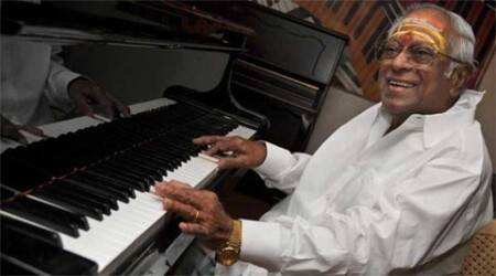 Thousands bid farewell to M.S. Viswanathan