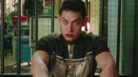 Complaint against Aamir Khan for calling policemen 'thulla' in 'PK'