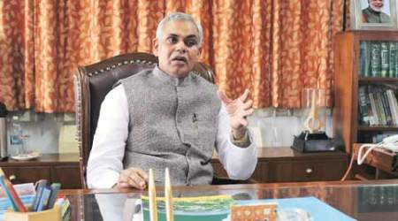 Himachal Pradesh cabinet, himachal governor, himachal cabinet, clears draft, Guvernor's address, Acharya Devvrat's address, Acharya Devvrat, india news, indian express news