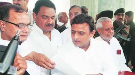 Need to be cautious about those spreading communal tension: CM Akhilesh Yadav