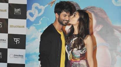 Alia Bhatt, Shahid Kapoor, Shaandaar, Ali Shahid Shaandaar, Alia Bhatt Shaandaar trailer launch, Shaandaar trailer launch photos, Karan Johar, Vikas Bahl, Alia Shahid,