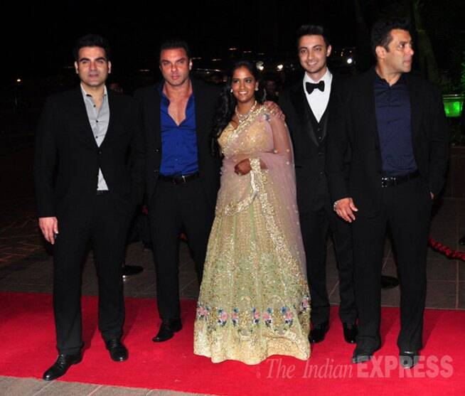 Salman Khan, Sohail Khan, Arbaaz Khan, Arpita Khan, Alvira Khan