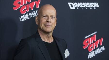 Bruce Willis pokes fun at Donald Trump's hair on TV show