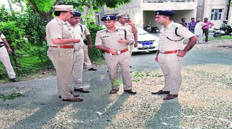 UHBVNL, UHBVNL cashier, UHBVNL cashier robbed, UHBVNL cashier robbery case, cashier robbery case, UHBVN office, Chandigarh news