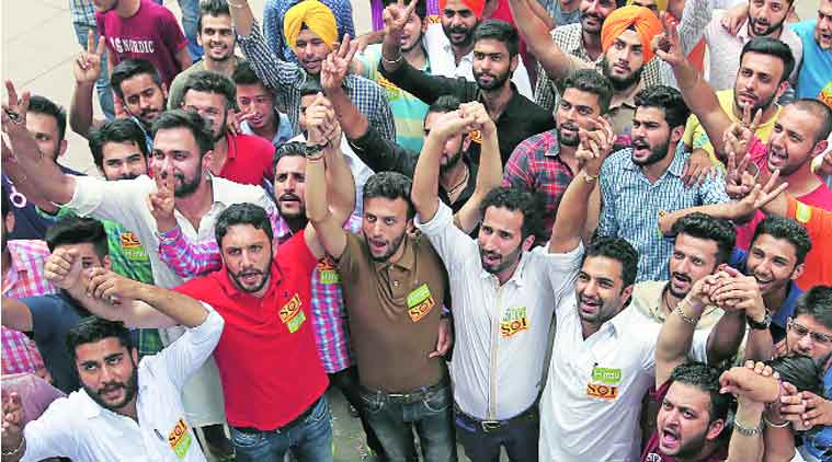 Leaders of SOI and HIMSU at Students' Centre at Panjab University on Sunday. (Express Photo by: Kamleshwar Singh)