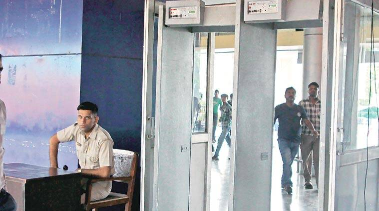 chandigarh railway station, chandigarh railway station security, GRP Chandigarh station, Chandigarh news, India news