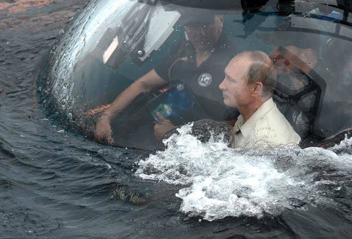 Vladimir Putin, Vladimir Putin Crimea, Crimea Black sea, Crimea Black sea, Crimea, Byzantine trading ship, sunk ship black sea, merchant ship black sea, Vladimir Putin news, pictures, picture gallery, indian express picture gallery, indian express news