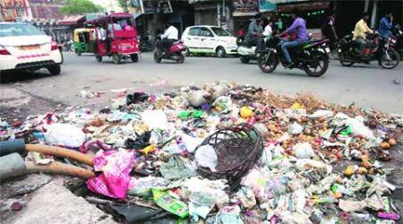Two days of no work, garbage heaps pile up across EastDelhi