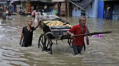 Struggle for people as floods grip East India
