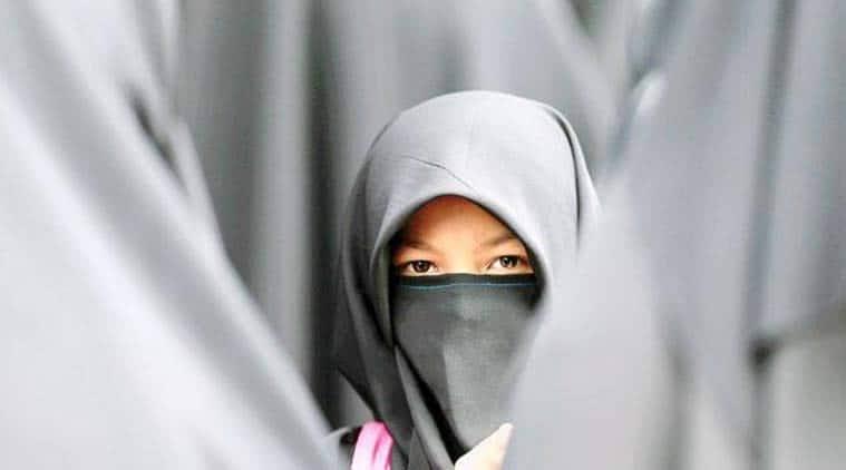 US News, Gill Parker Payne, Khawla Abdel-Haq, US man ripps off woman's hijab, U Snad Muslims, Muslims in US, US news, Latest news, International news, world news