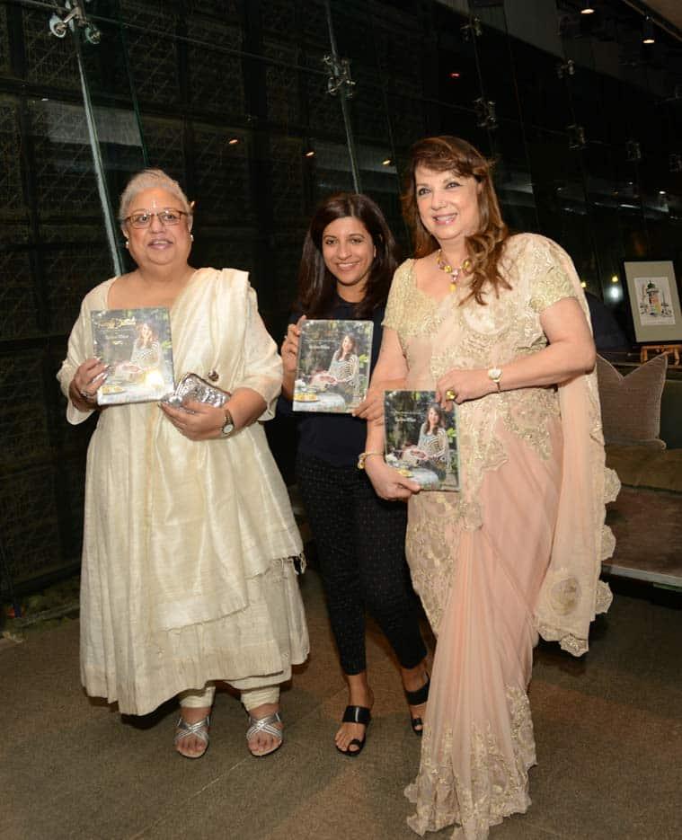 Hrithik Roshan promotes 'mom' Zarine Khan's first book
