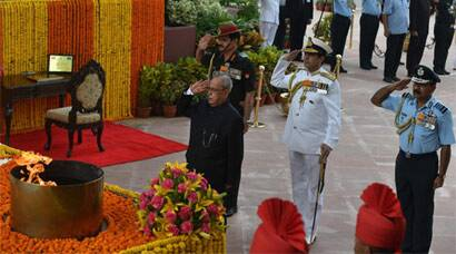 President pays tributes to martyrs on 50th anniversary of Indo-Pak war