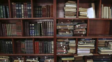 Facing Islamic State threat, Iraq digitises national library