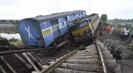 train derailment, MP train accident, Kamayani Express, Train Accident MP, train accident, Madhya Pradesh train accident, MP train derailed, Janata Express, Passenger trains Derailed, Varanasi-Mumbai Train, Varanasi-Mumbai Train Accident, suresh prabhu, Varanasi-Mumbai Train Derailed, Indian Railways, Madhya Pradesh news, india news, nation news