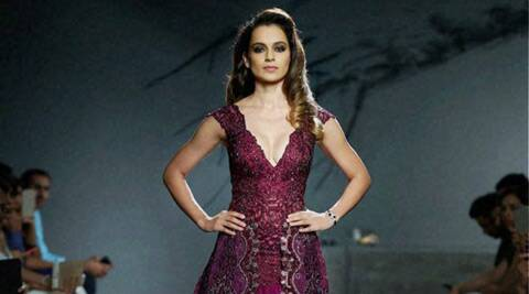 Kangana Ranaut's 'queen' act for Manav Gangwani's show at AICW 2015