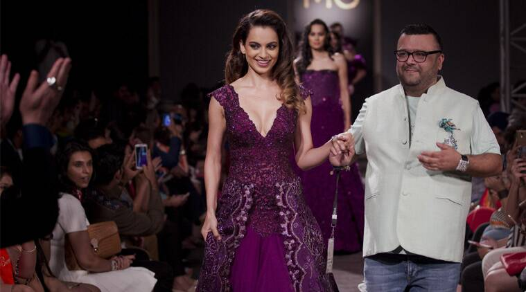Kangana Ranaut, Amazon India Couture Week, AICW 2015, AICW, Kangana Ranaut AICW 2015, Kangana Ranaut Queen, Kangana Ranaut National Award Winner, Manav Gangwani, Entertainment news