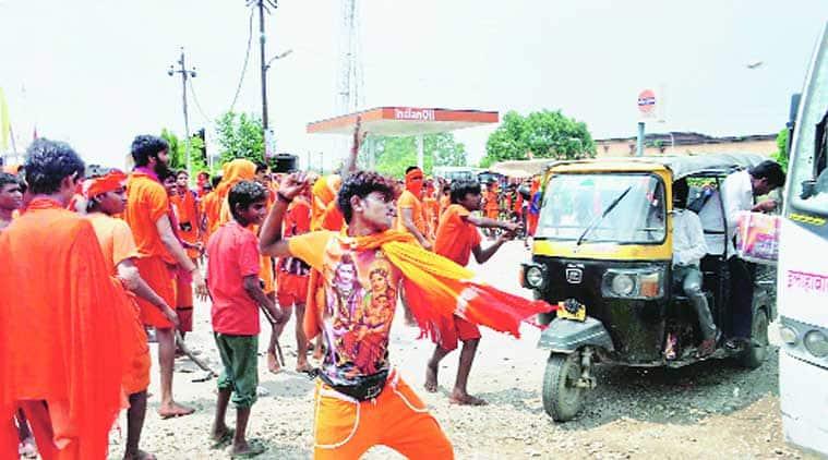 kanwar yatra, kaavad, kanwariyas, sharavan, sawan, kanwar pilgrims, shiva, shiv, worship, indian express news