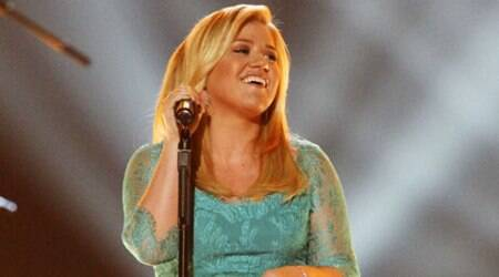 Kelly Clarkson expecting her secondchild