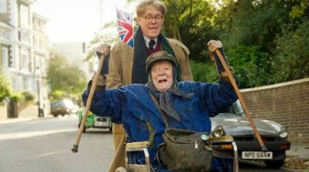 Maggie Smith's 'The Lady in the Van' to release in December
