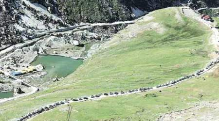 Rohtang pass ban: At 5 per cent, tourist turnout at Manali hits all-timelow