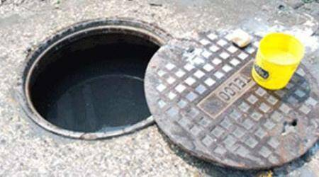 Four-year-old girl dies after falling into manhole in north Delhi