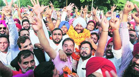 SAD-BJP councillors don't show up for poll, Kulwant Singh becomes first Mohali mayor