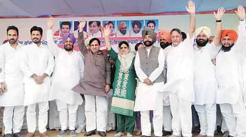In Cong's line of fire — CM Parkash Singh Badal and PM Narendra Modi