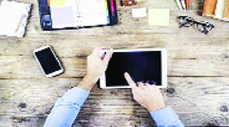 Ban on mobile Internet likely to continue in Ahmedabad
