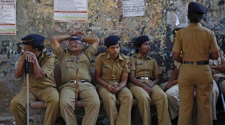 mumbai police, mumbai beach raid, mumbai hotel raids, mumbai hotel raid, mumbai couples raid, mumbai news, mumbai police raid, mumbai moral policing, moral policing, india news