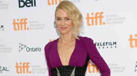 Naomi Watts likes no make-up look
