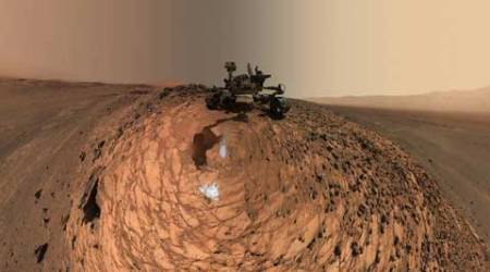 NASA's Curiosity rover moves to new location on Mars; posts 'selfie'