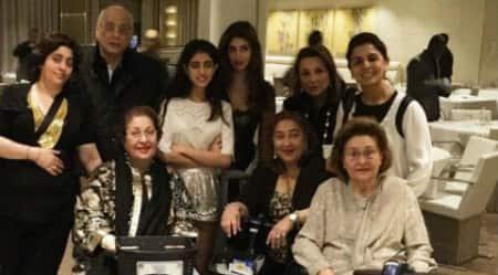 Rishi Kapoor, Neetu Kapoor holiday withfamily