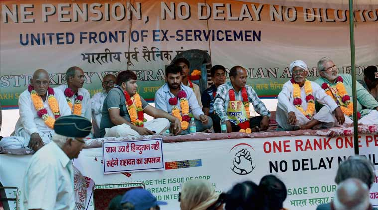 one rank one pension, orop, orop protest, ex-servicemen protest, orop protest jantar mantar, orop announcement, Modi government, Narendra Modi orop promise, orop final announcement, indi anews, latest news, top stories
