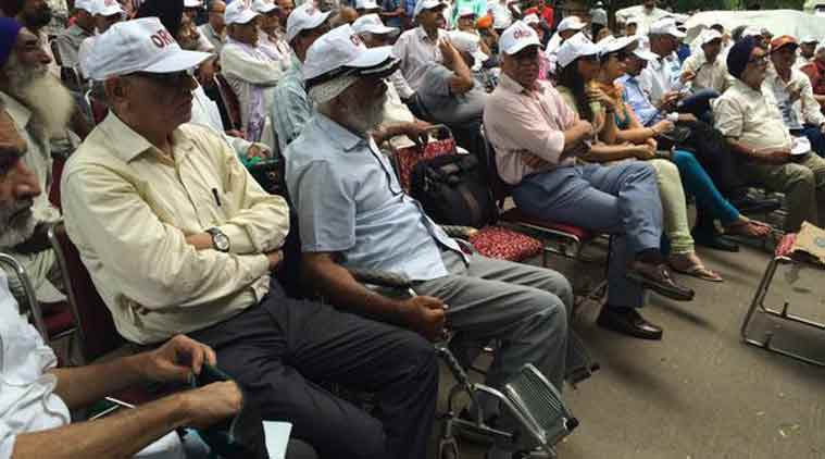one rank one pension, OROP, OROP jantar mantar, OROP fast, orop protest, OROP fast unto-death, OROP news, India news