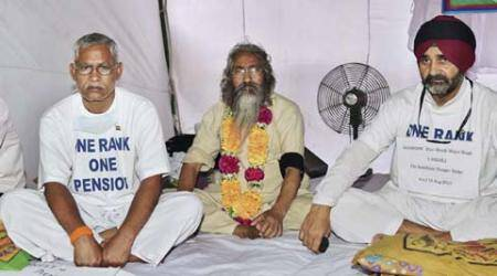 OROP stir: 70-year-old Army veteran collapses; hospitalised