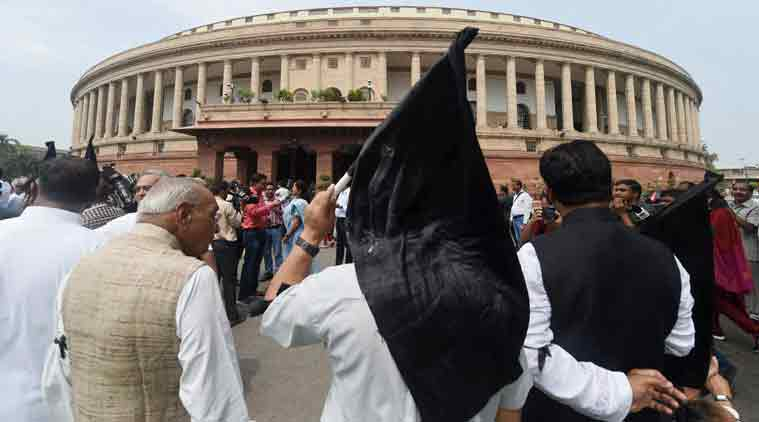 Sumitra Mahajan, Congress MPs suspended, Congress LS MPs suspended, Sumitra Mahajan suspended Congress MPs, Bjp government, Congress, protests, Lok Sabha, Lok Sabha suspension, 25, 25 congress MPs, suspended, Rahul Gandhi, Sonia Gandhi, NDA government, indian express, indian express, india news, nation news