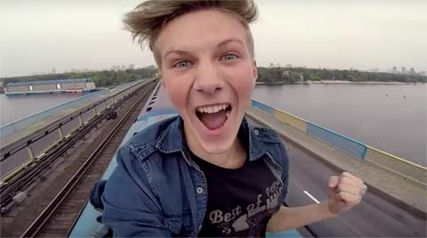 pasha bumchik, vlogger russia, russian vlogger, pasha bumchik subway, riding on top of a metro, riding on top of metro, russia news, trending video, trending news