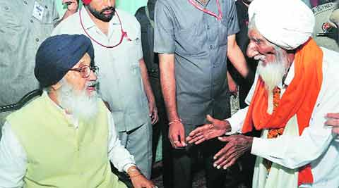 CM Praskash singh badal, foodgrains rotten foodgrains, UPA govt, Food & Supplies dept, chandigarh news, indian express