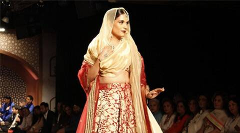 Richa chadha, Amazon India Couture Week, AICW 2015, AICW, Amazon India Fashion Week, Amazon India Fashion Week 2015, Richa Chadha Fashion, Reynu Taandon, Entertainment news