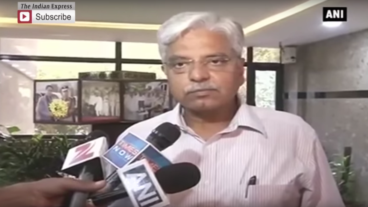 Drunk Cop In Delhi Metro Suspended: Bassi
