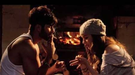 Alia, Shahid starrer 'Shaandaar' makers in dilemma over song release
