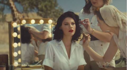 Taylor Swift debuts new music video, 'Wildest Dreams' at 2015 MTV VMAs