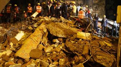 11 killed in Thane building collapse, see pics