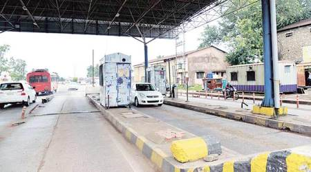 SC tells Centre: Why should people pay toll tax for badroads?