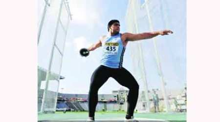Arjun, next big thing in discus tries his hand at shot put