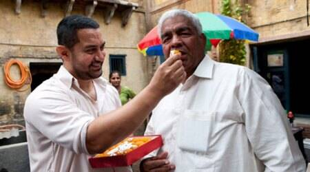 Aamir Khan's 'Dangal' takes its first shot in presence of Phogatfamily