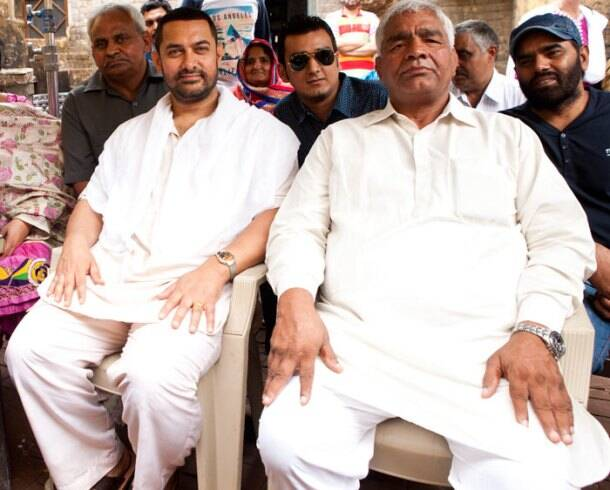 Aamir Khan, Mahavir Phogat, but also piled on the kilos, which we hear is close to 35. Unfortunately, the extra pounds are posing hazardous to the actor's health. Seen here, Aamir Khan seated with Mahavir Phogat
