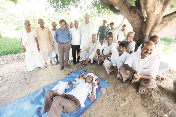"""A huddle of atheists in Mohammadpur say they are proud of living in an """"aware society"""""""