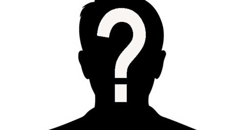 Usually a media recluse, this actor denied all rumours surrounding his married life; we wonder, why