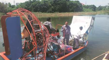 Two Pune 'air boats' head for Allahabad to clean Ganga,Yamuna